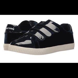 Tretorn Black Velvet Patent Velcro Sneaker Carry4